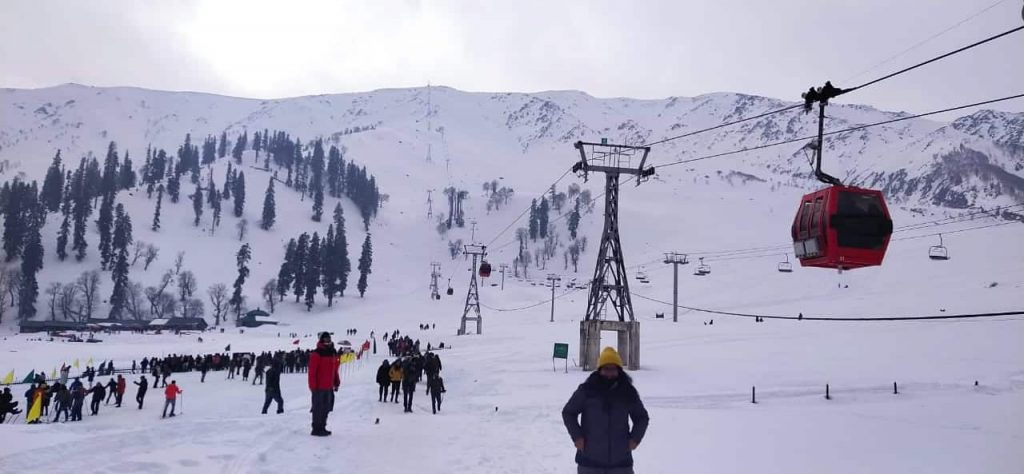 Best Season To Experience Snowfall In Gulmarg